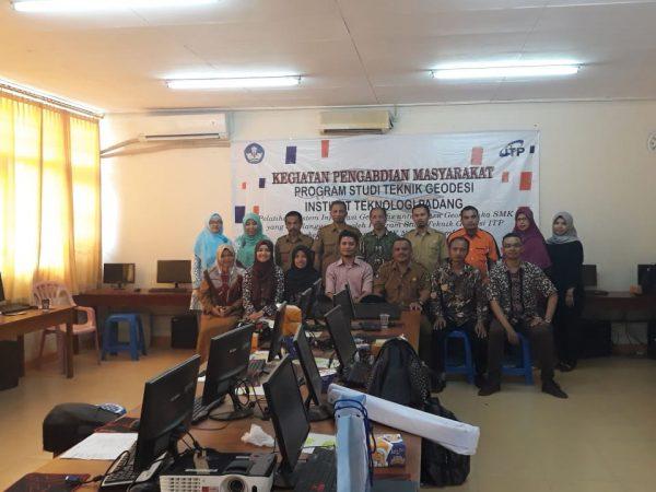 Pelatihan Guru SMK Geomatika Sumbar-Riau dalam rangka Pengabdian Masyarakat Teknik Geodesi